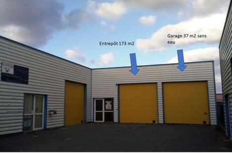 Location Entrepôt GUERANDE 174m²
