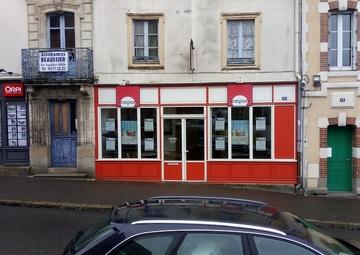 Location Locaux commerciaux REDON 137m²